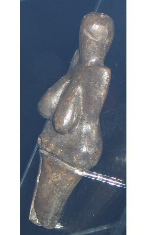 Venus of Věstonice 1